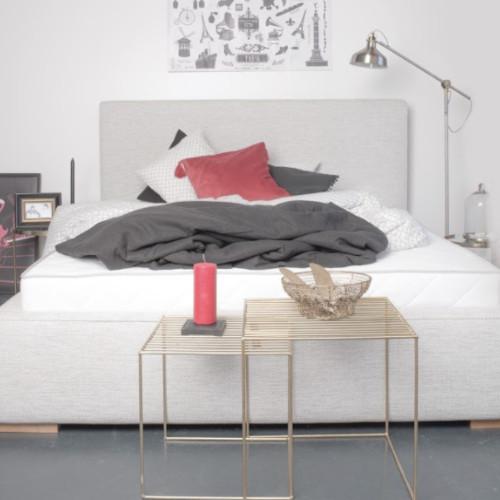 Łóżko tapicerowane – jaki to rodzaj łóżka? Do jakiego stylu sypialni pasuje takie łóżko? Ile zapłacimy za łóżko tapicerowane w Stargardzie?